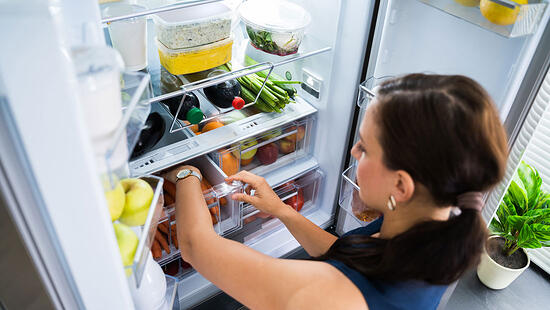 Pentanes for refrigerator or freezer