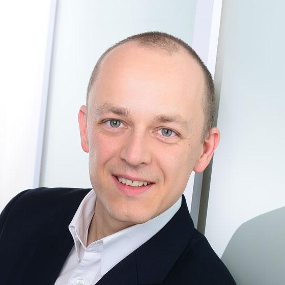 Author: Dr. Henning Böckemeier